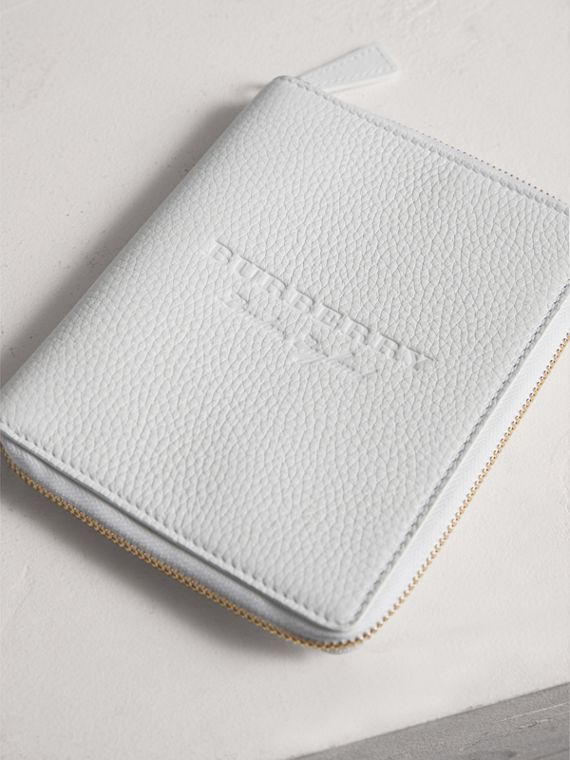 Embossed Grainy Leather Ziparound A6 Notebook Case in Chalk White | Burberry - cell image 2