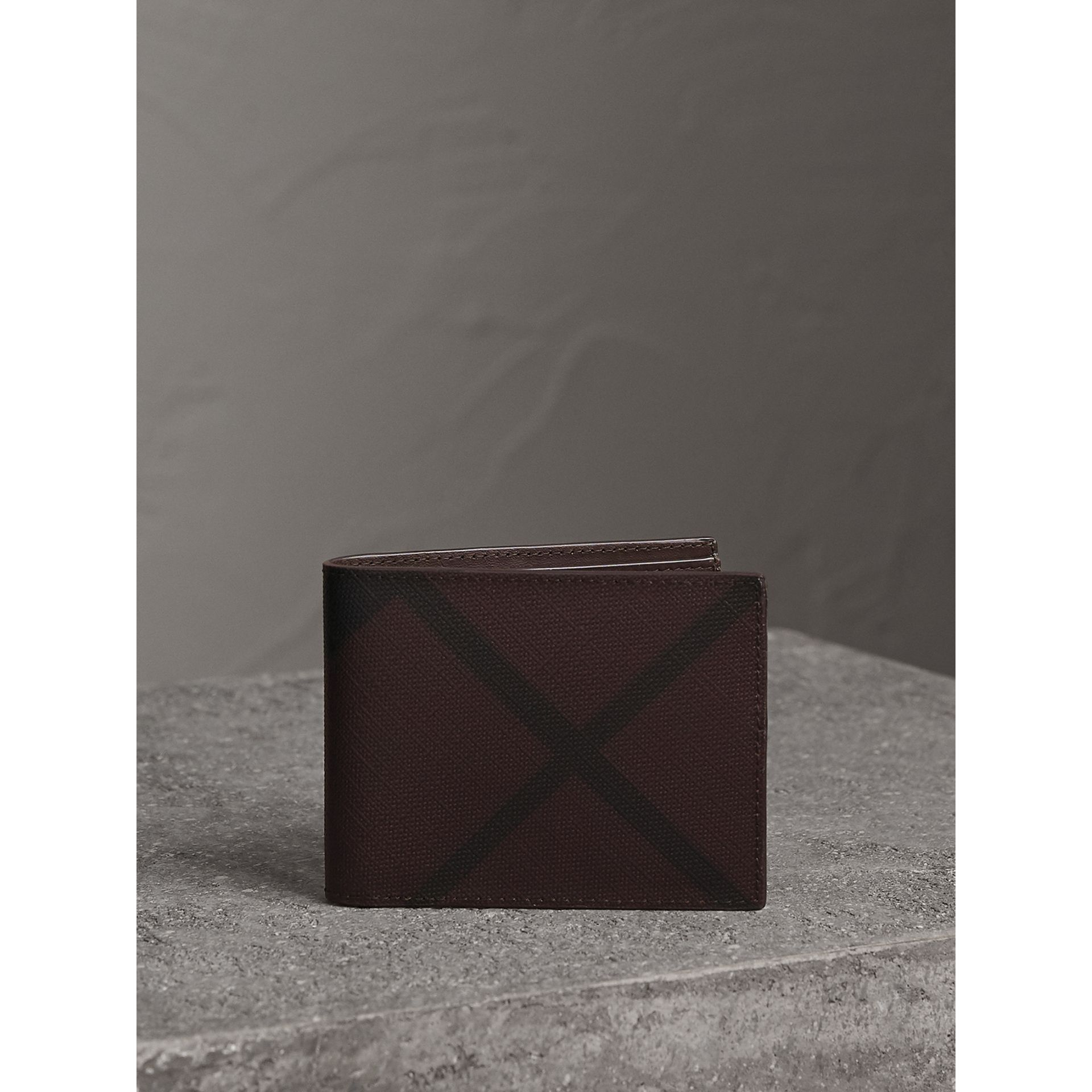London Check Bifold Wallet in Deep Claret - Men | Burberry United Kingdom - gallery image 5