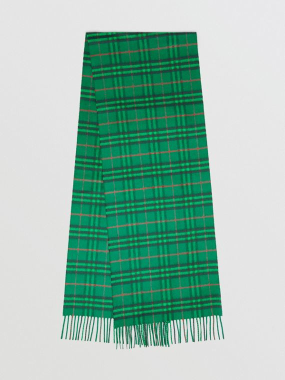 The Classic Vintage Check Cashmere Scarf in Viridian Green