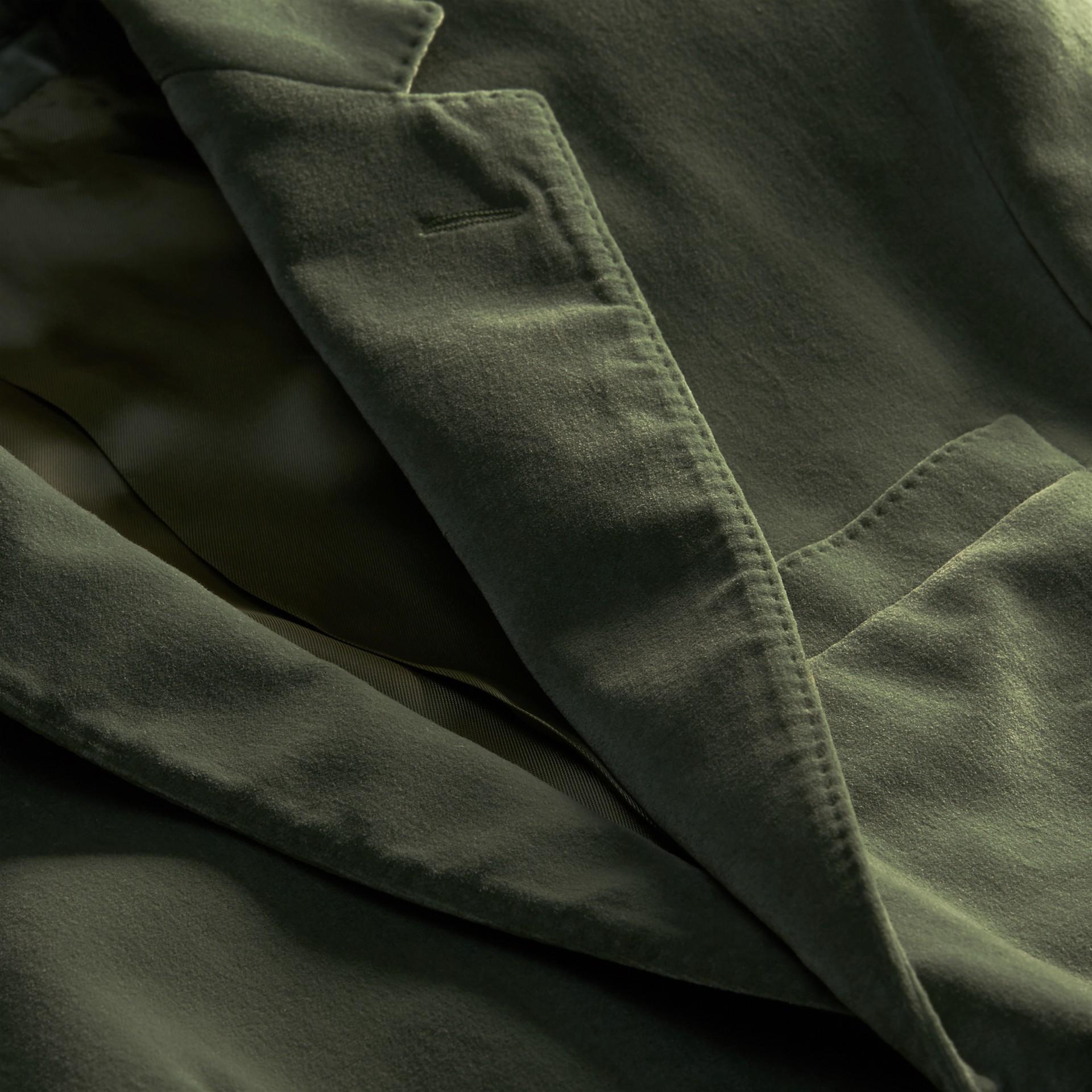Eucalyptus pâle Veste de costume en velours - photo de la galerie 2