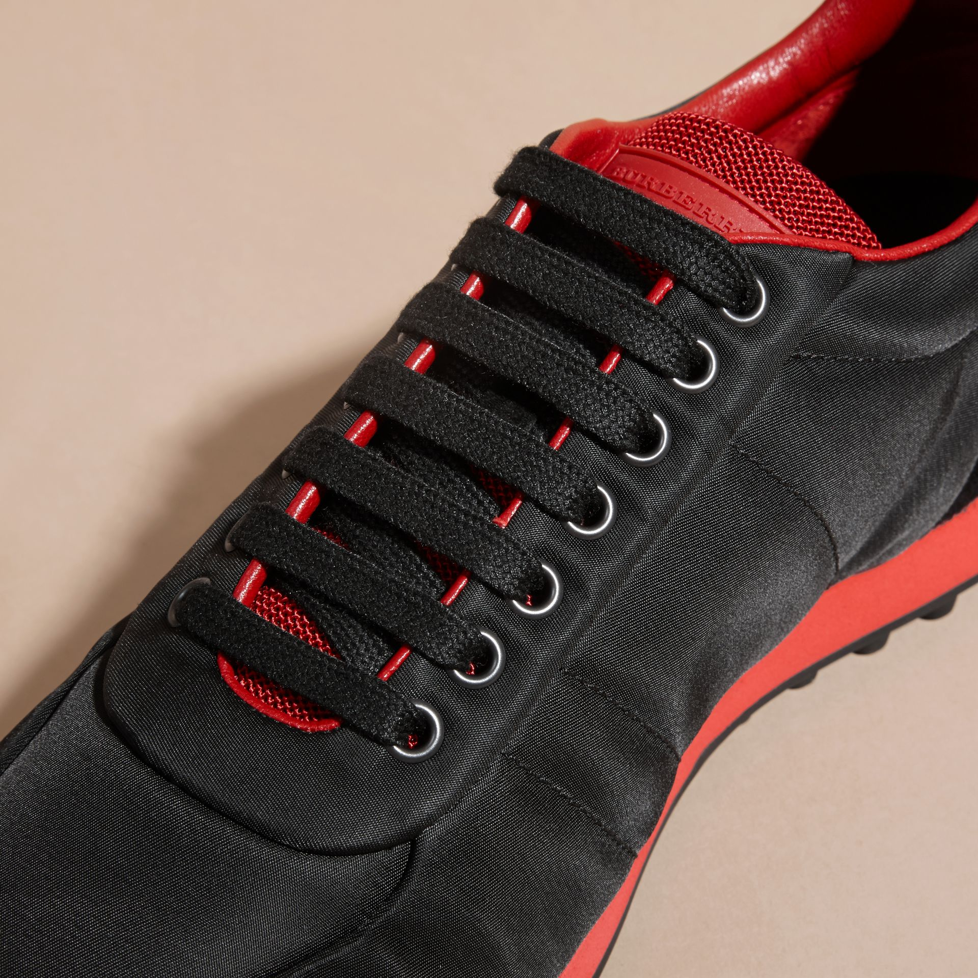 Black/military red Textural Trim Technical Sneakers Black/military Red - gallery image 2