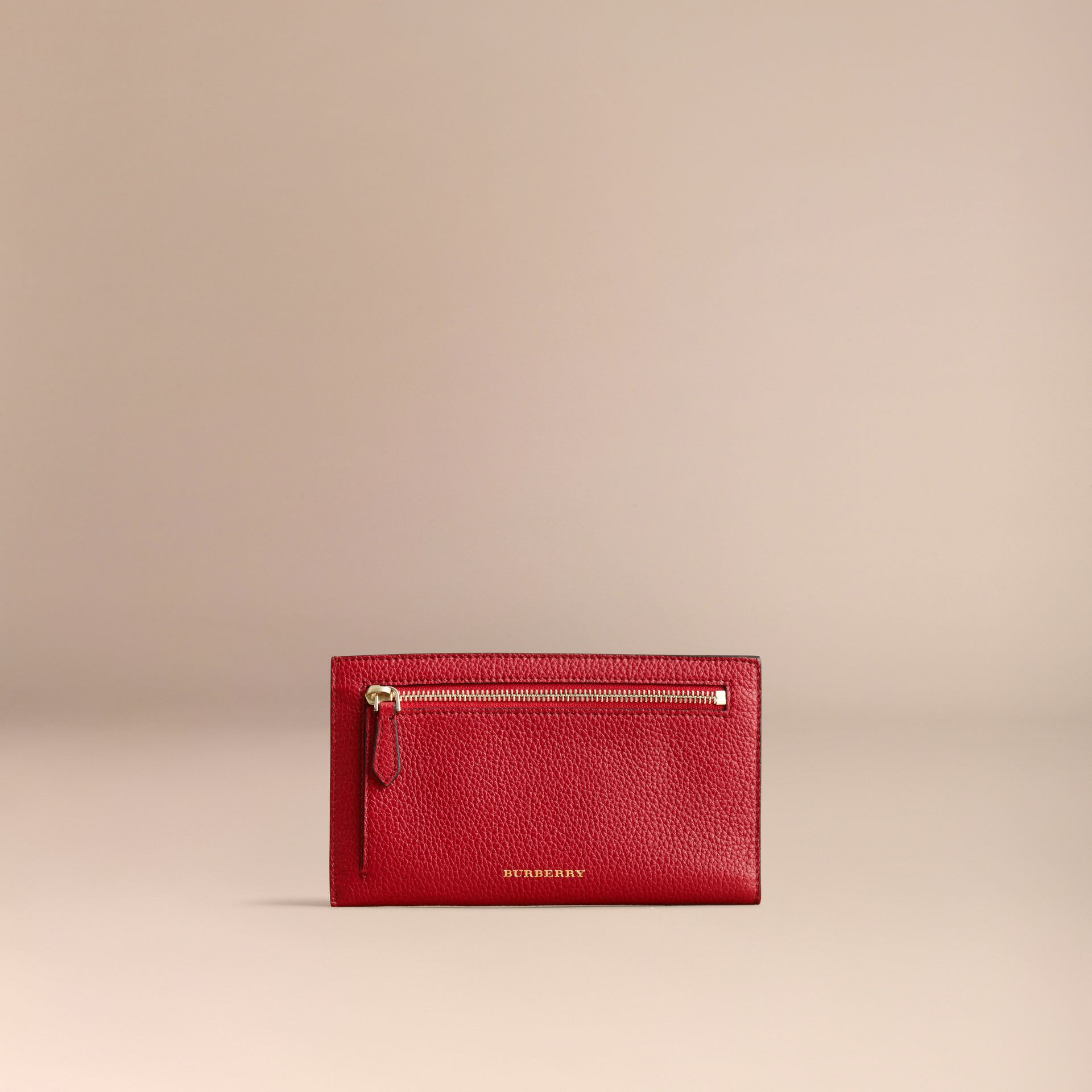 Grainy Leather Travel Case in Parade Red - Women | Burberry - gallery image 5