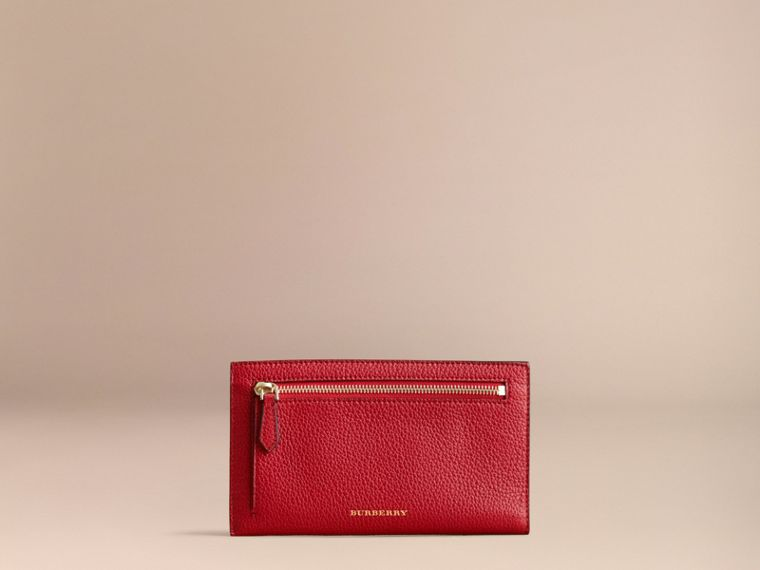 Grainy Leather Travel Case in Parade Red - Women | Burberry - cell image 4