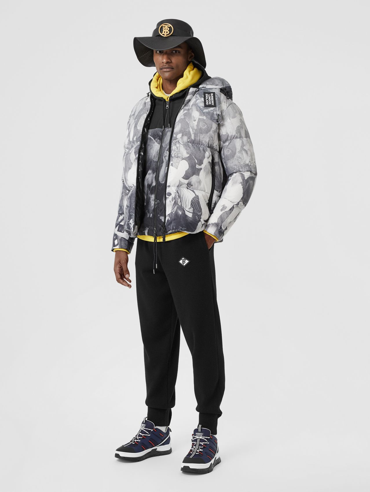 Rave Print Puffer Jacket in Monochrome