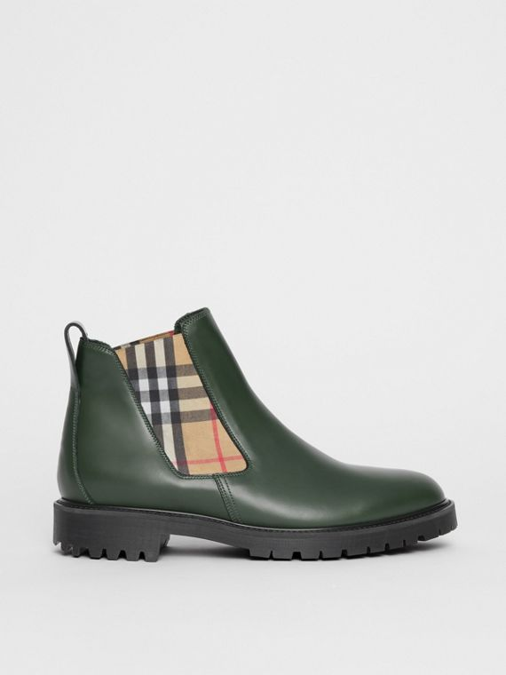 Vintage Check Detail Leather Chelsea Boots in Bottle Green