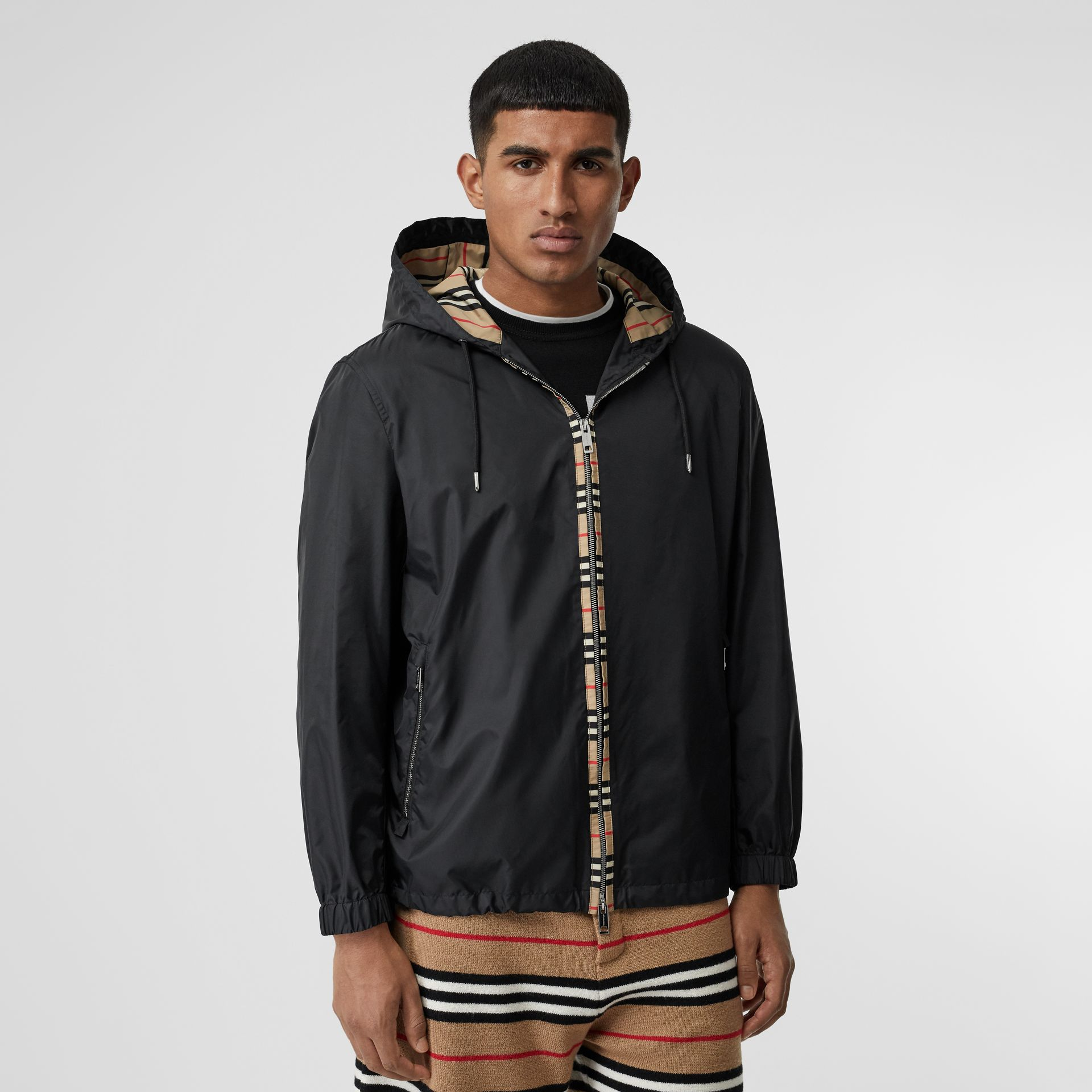 Icon Stripe Detail Nylon Canvas Hooded Jacket in Black - Men | Burberry Canada - gallery image 5