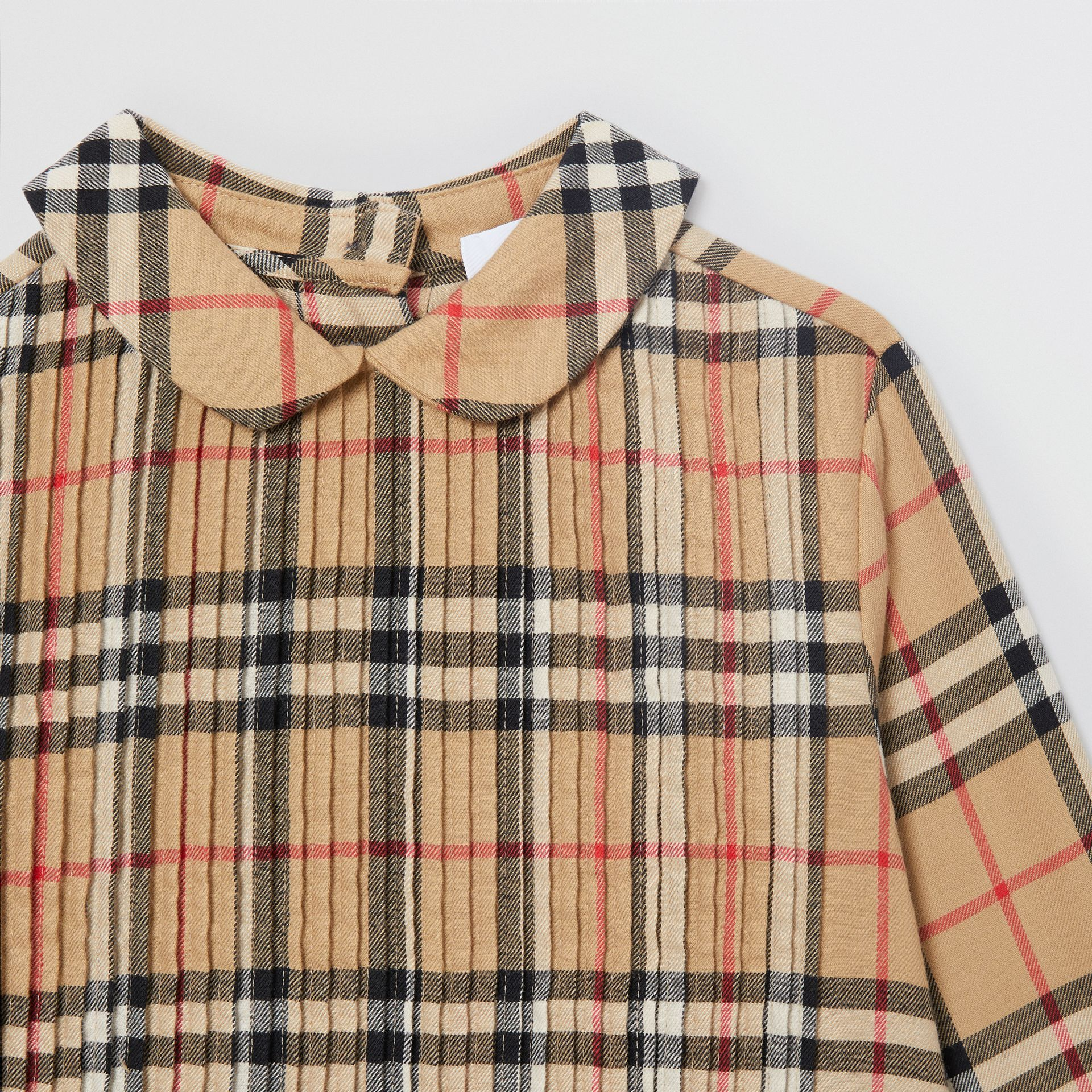 Pintuck Detail Vintage Check Cotton Twill Blouse in Archive Beige | Burberry - gallery image 3