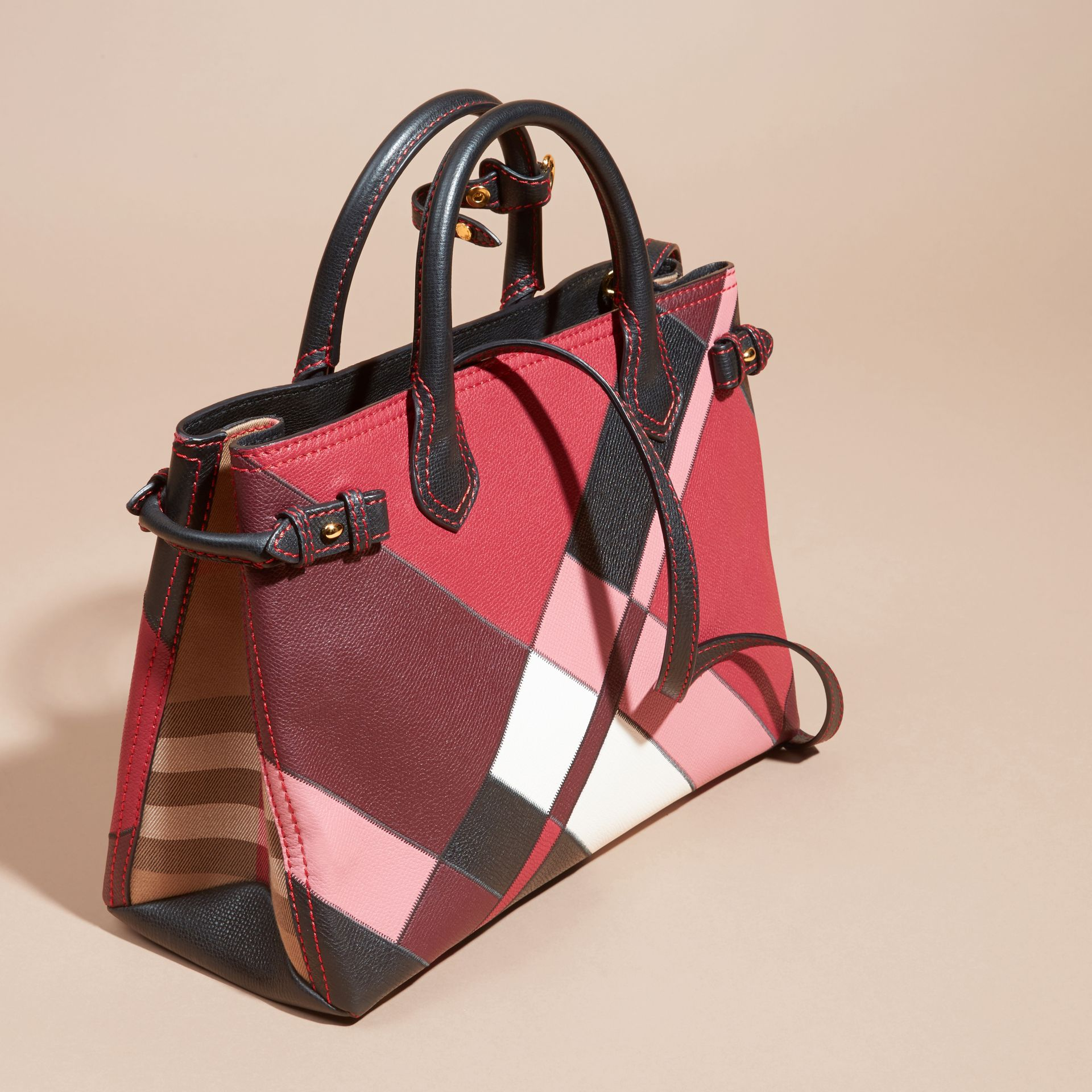 The Medium Banner in Colour Block Leather in Pink - Women | Burberry Canada - gallery image 4