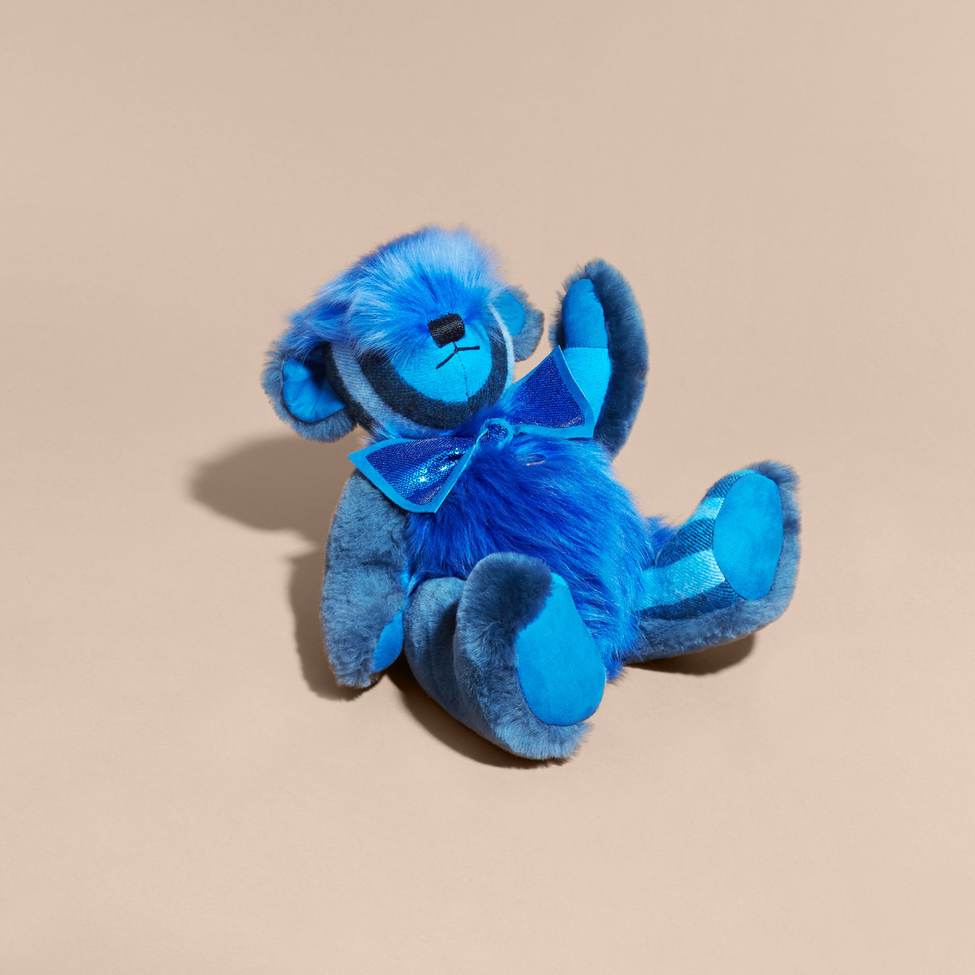 Bright cornflower blue Pom-Pom Thomas Bear in Shearling and Check Cashmere Bright Cornflower Blue - gallery image 3