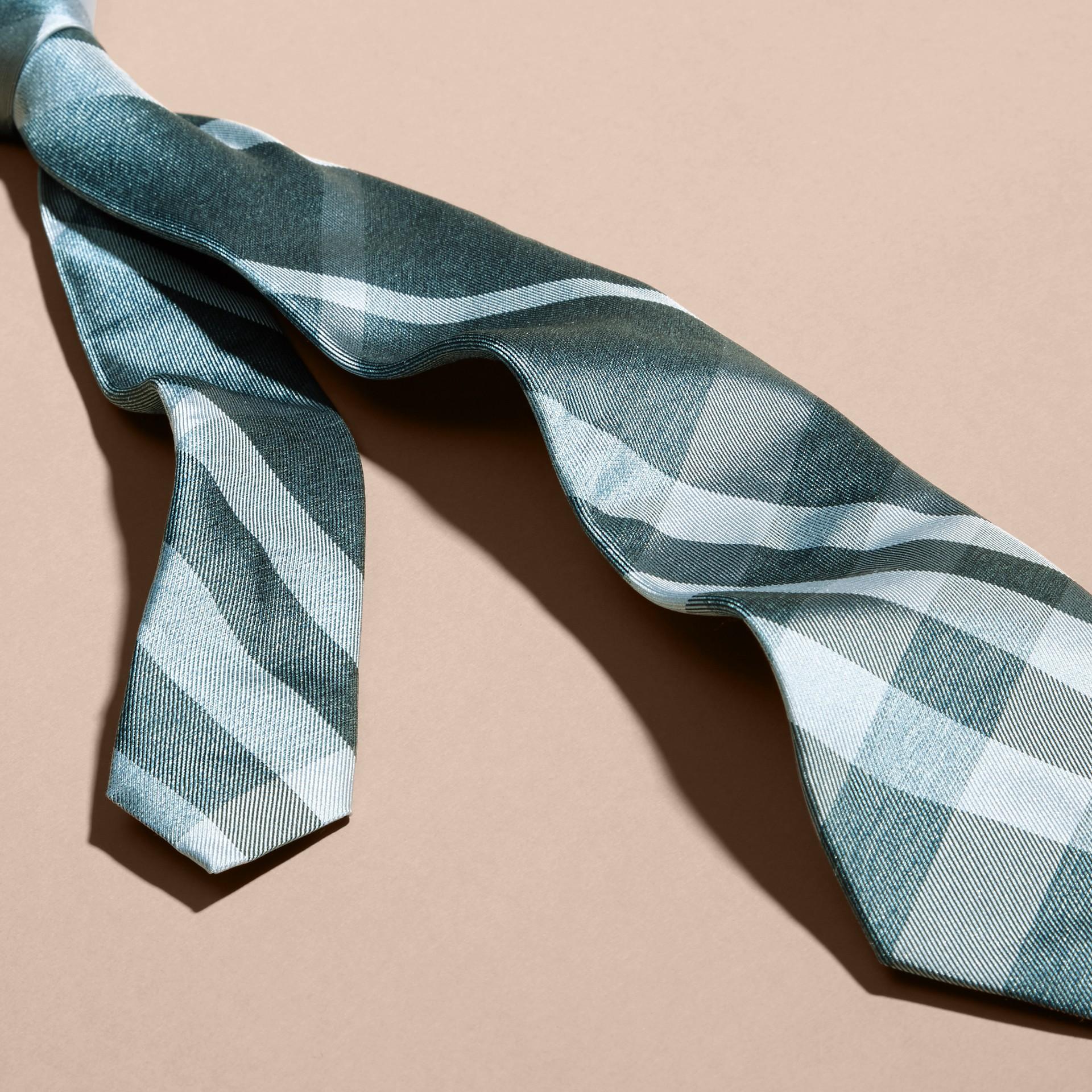 Verde acqua Cravatta dal taglio moderno in seta jacquard con motivo check Verde - immagine della galleria 2