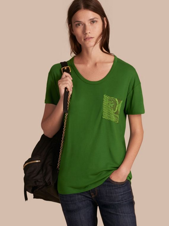 蟒紋細節設計 T 恤 顏料綠