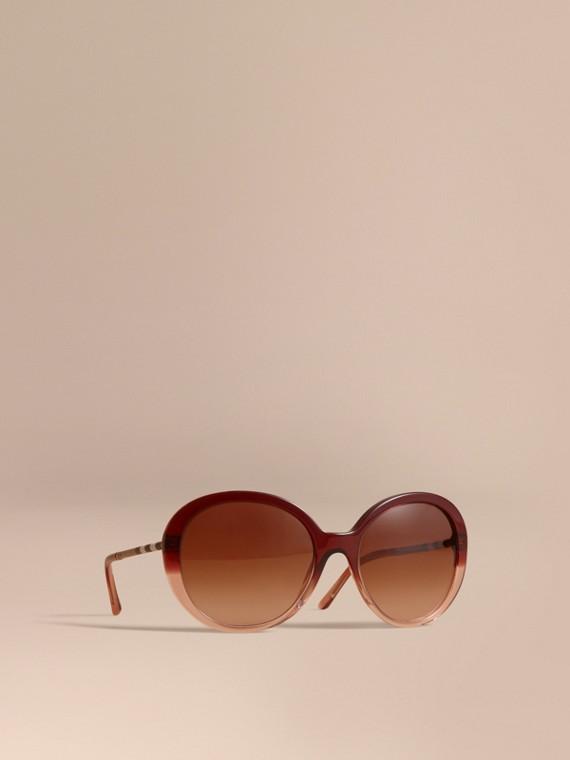 Gafas de sol con montura redonda y detalles a cuadros Rojo Oxblood