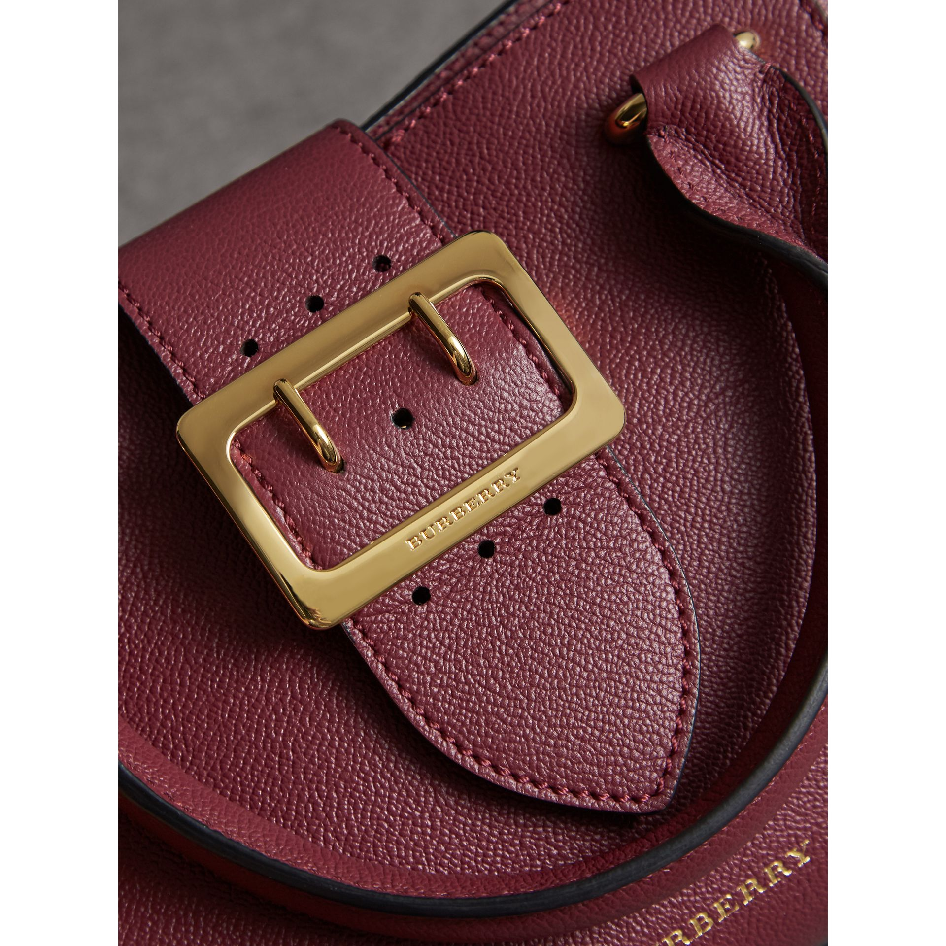The Small Buckle Tote in Grainy Leather in Dark Plum - Women | Burberry United Kingdom - gallery image 1