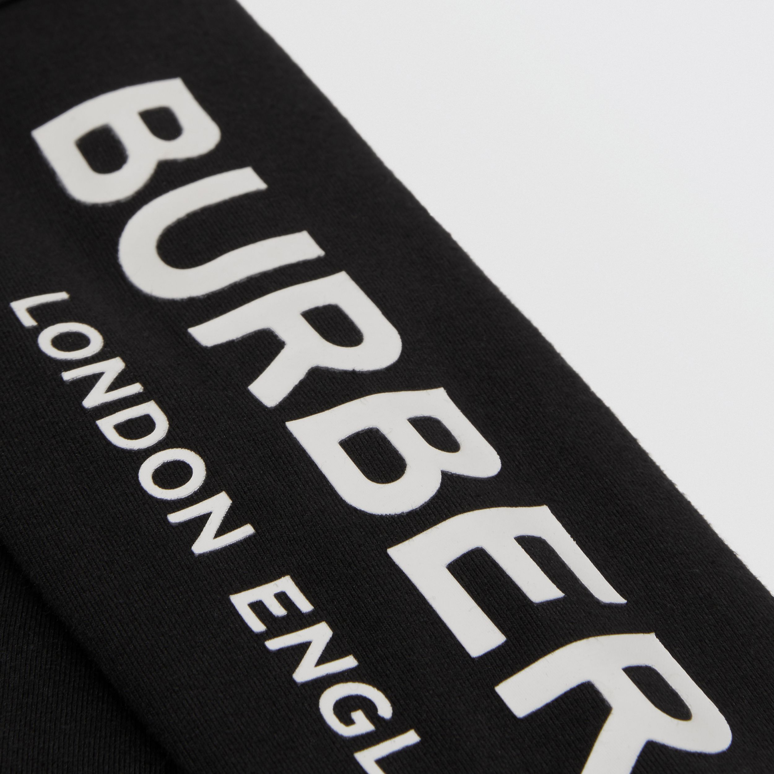 Logo Print Stretch Cotton Two-piece Baby Gift Set in Black - Children | Burberry - 2