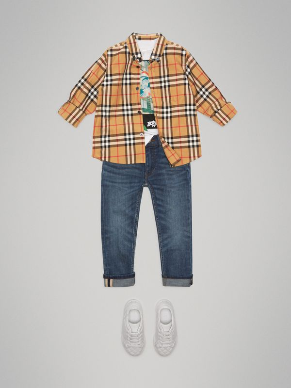 Button-down Collar Vintage Check Shirt in Antique Yellow - Boy | Burberry - cell image 2