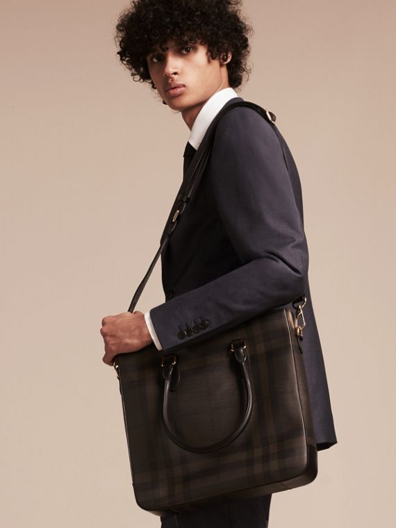 London Check Tote Bag in Black/chocolate - Men | Burberry - cell image 2