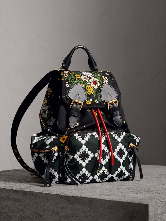 The Medium Rucksack in Floral Print in Black