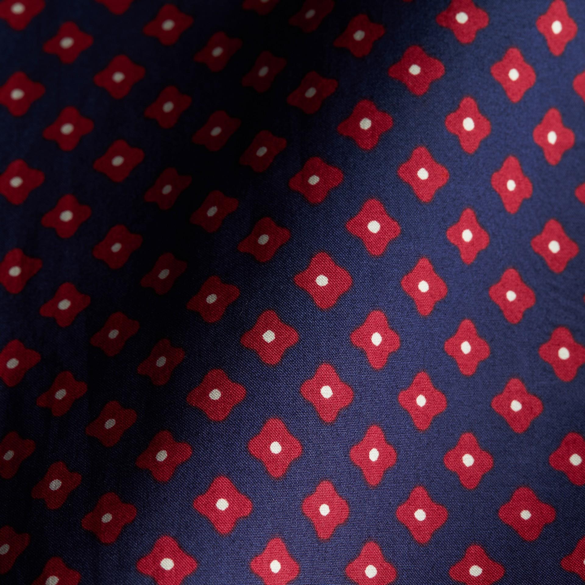 Marine lumineux Chemise en coton à imprimé façon cravate - photo de la galerie 2