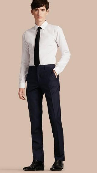Pantalon de coupe slim en laine