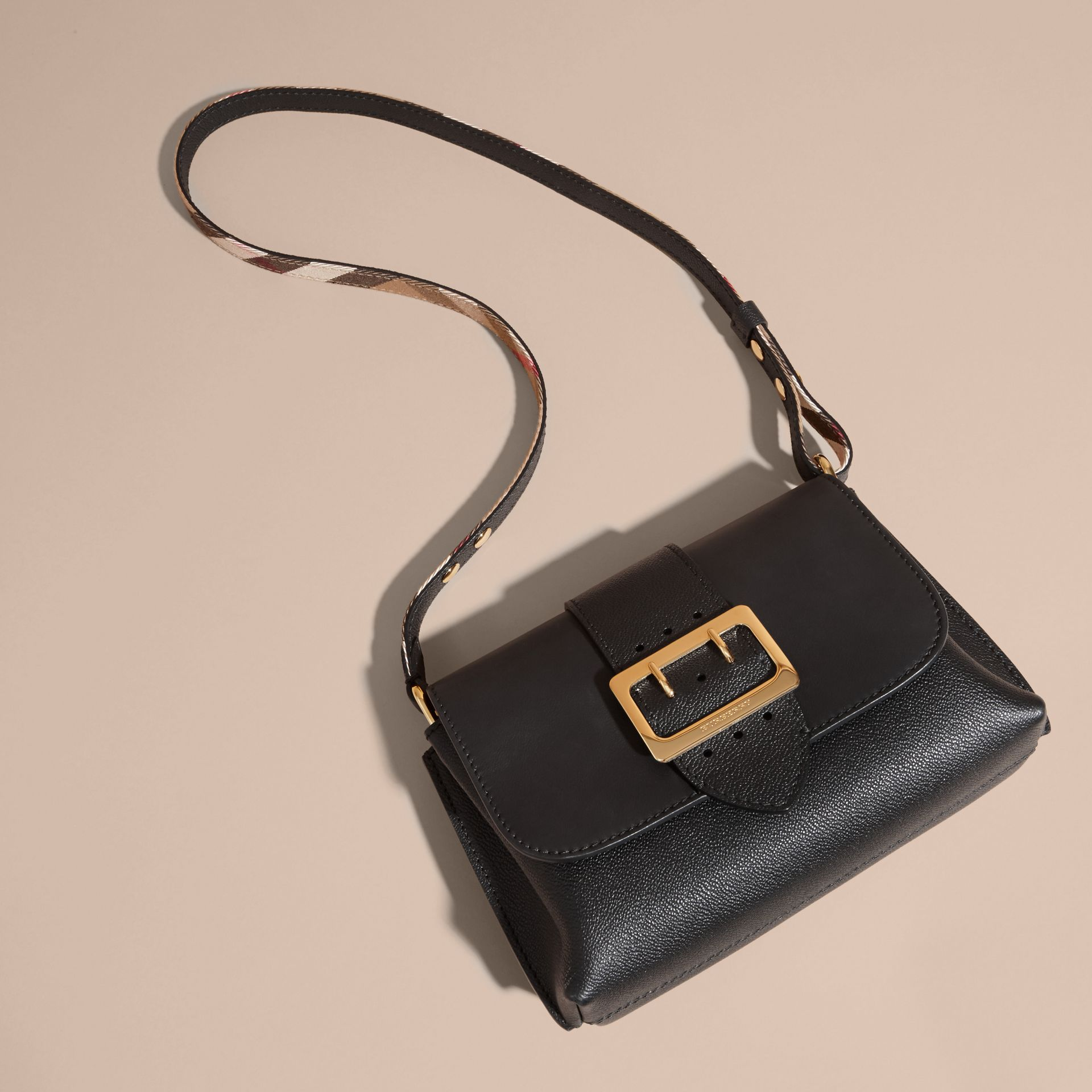 The Buckle Crossbody Bag in Leather Black - gallery image 6