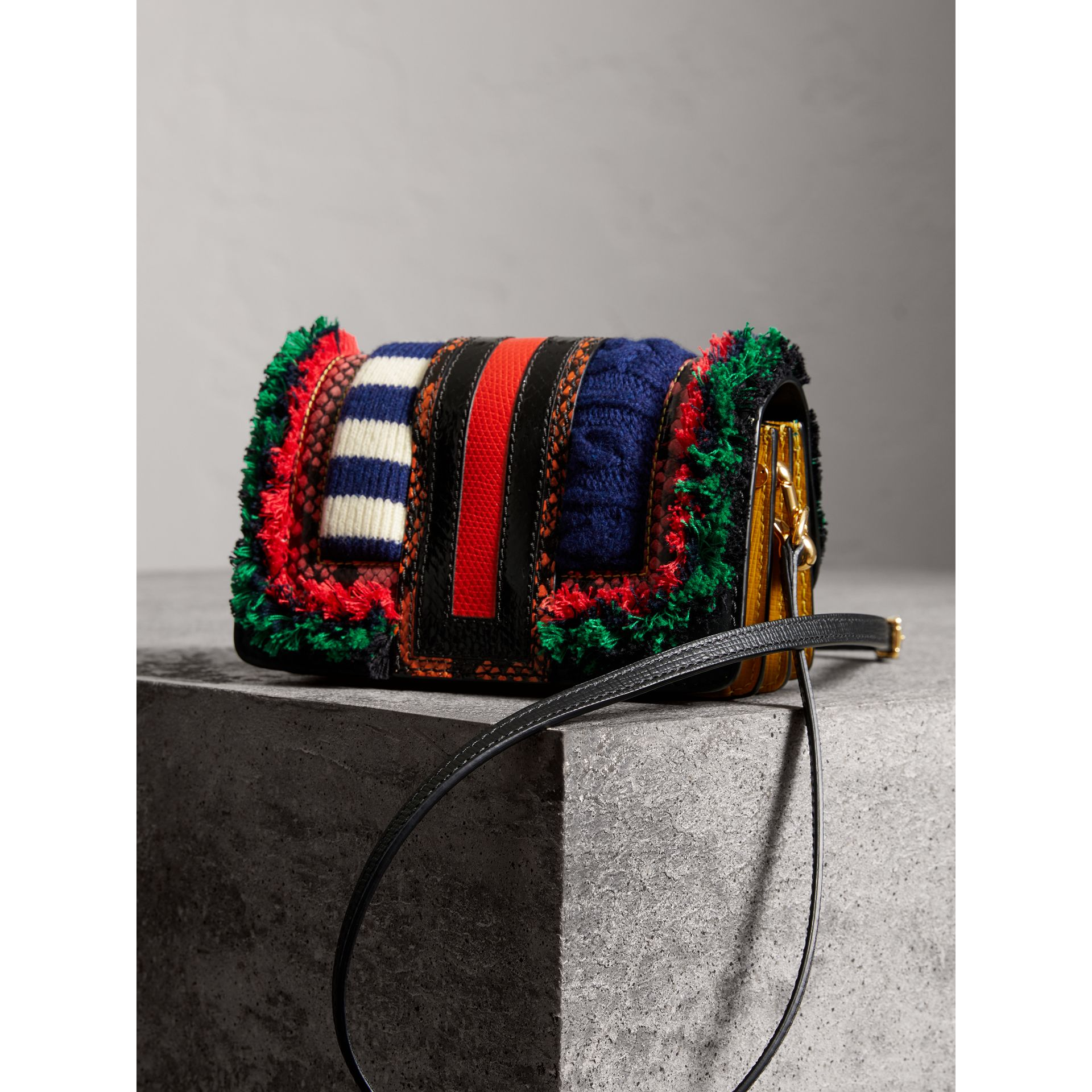 Sac The Patchwork en cuir exotique et maille de laine (Multicolore) - Femme | Burberry - photo de la galerie 4