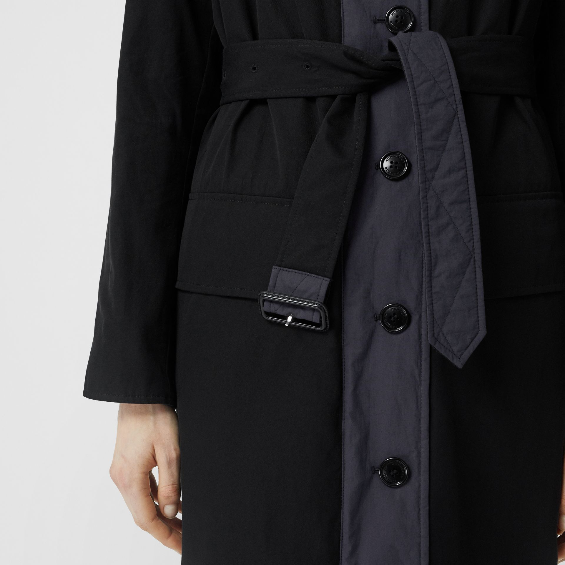 Reversible Contrast Sleeve Quilted Cotton Car Coat in Navy - Women | Burberry - gallery image 5