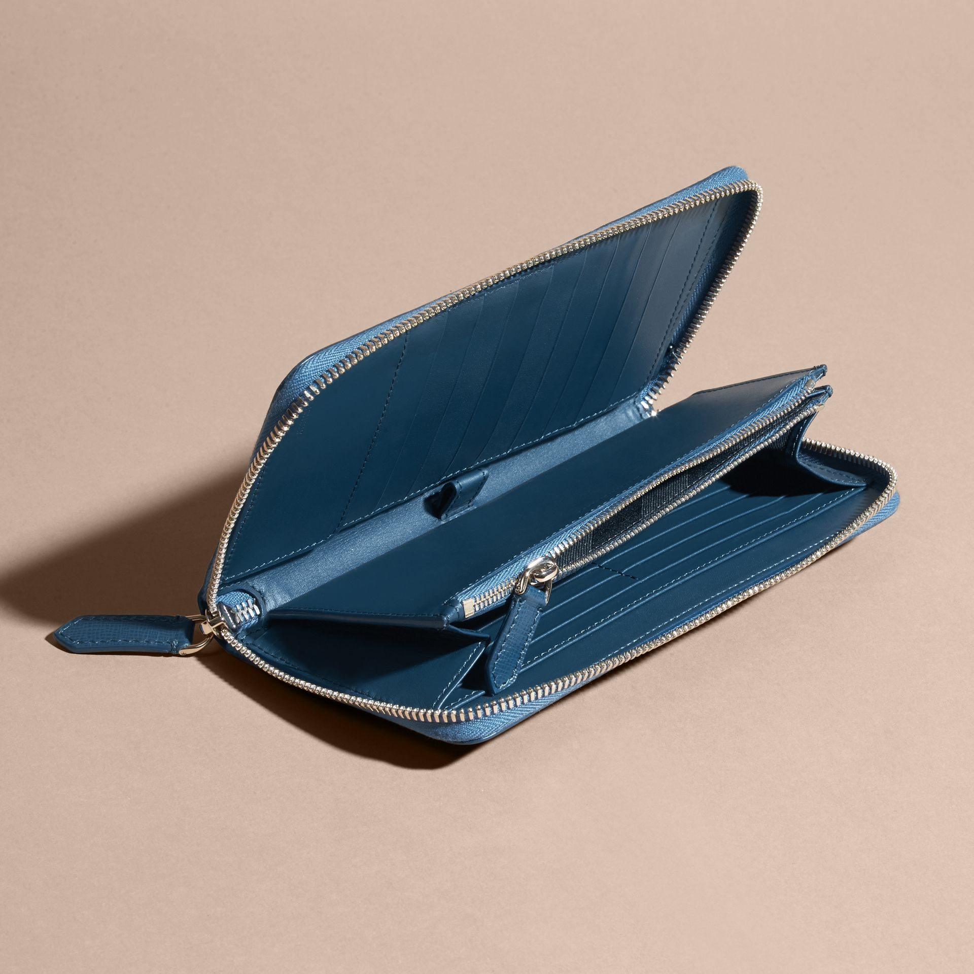 London Leather Ziparound Wallet Mineral Blue - gallery image 5
