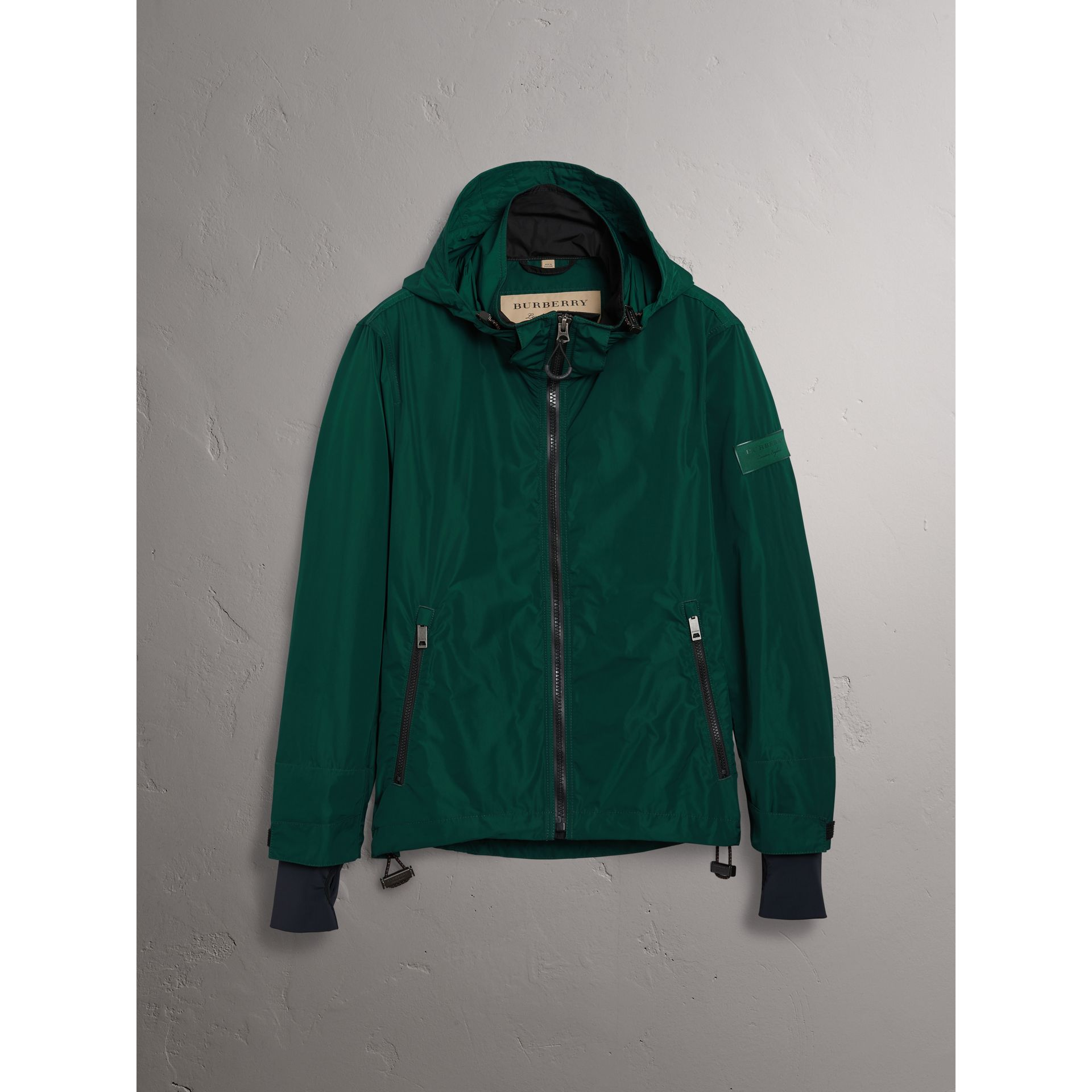 Packaway Hood Shape-memory Taffeta Jacket in Racing Green - Men | Burberry Australia - gallery image 3