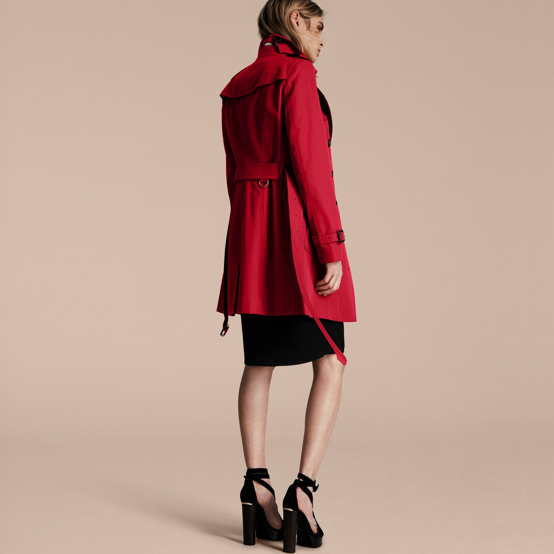 Parade red The Sandringham – Mid-length Heritage Trench Coat Parade Red - gallery image 3
