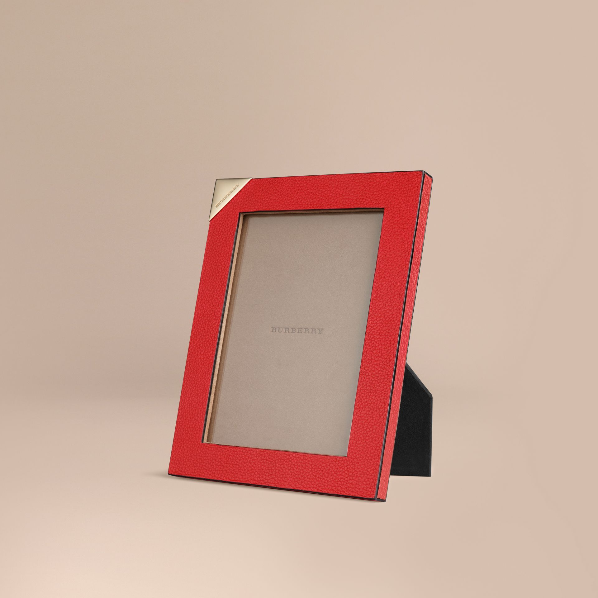 Parade red Medium Grainy Leather Picture Frame Parade Red - gallery image 1