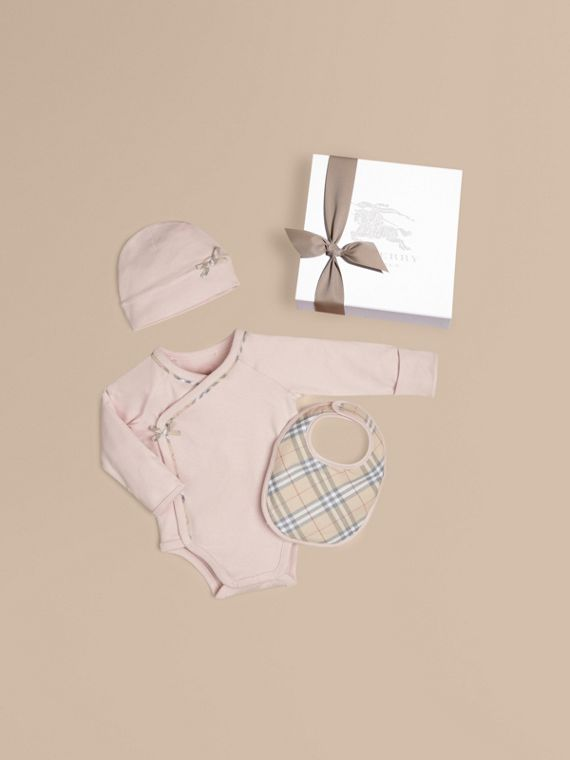 Check Cotton Three-piece Baby Gift Set in Powder Pink - Girl | Burberry