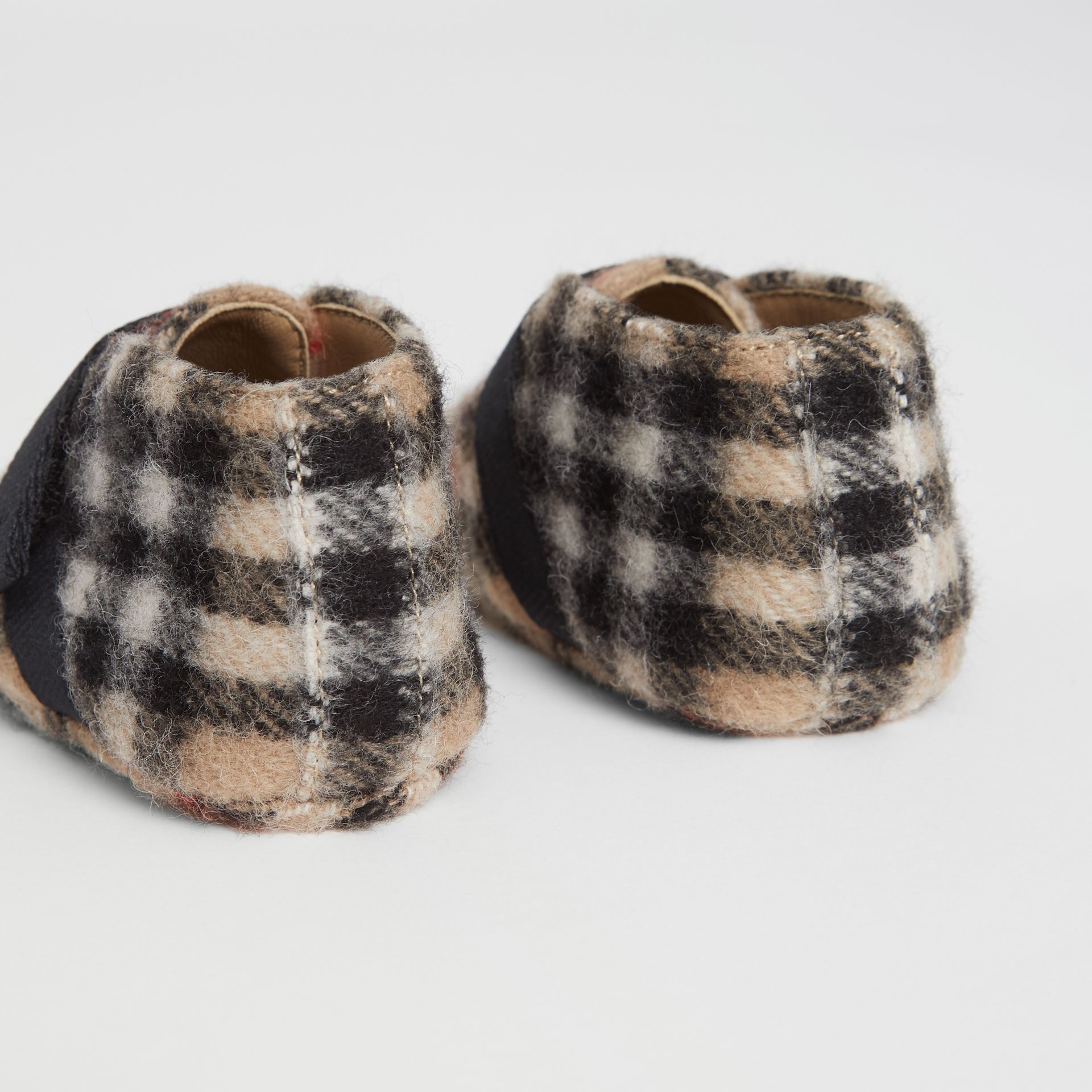 Vintage Check Wool Shoes in Archive Beige - Children | Burberry - gallery image 2