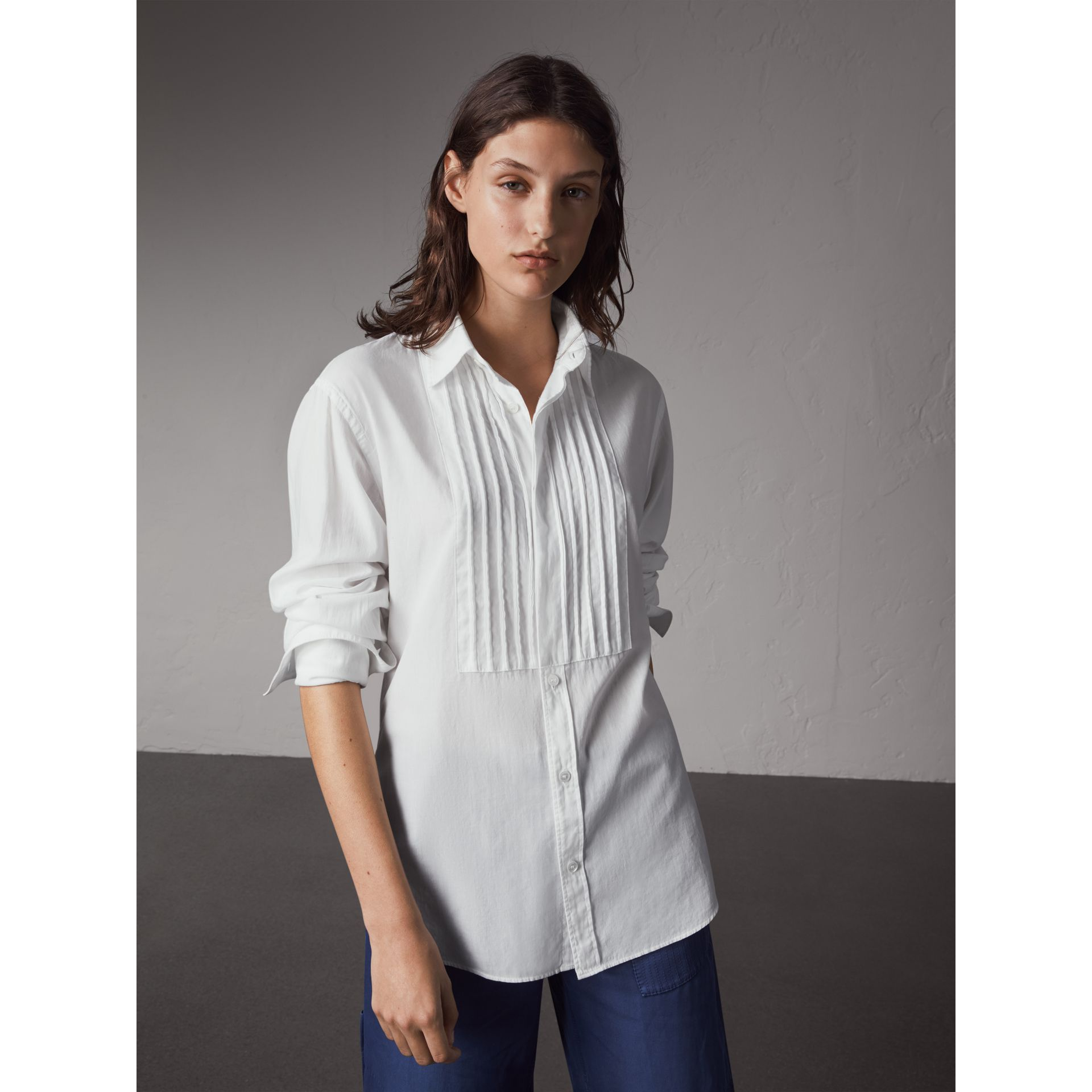 Unisex Double-cuff Pintuck Bib Cotton Shirt in White - Women | Burberry - gallery image 1