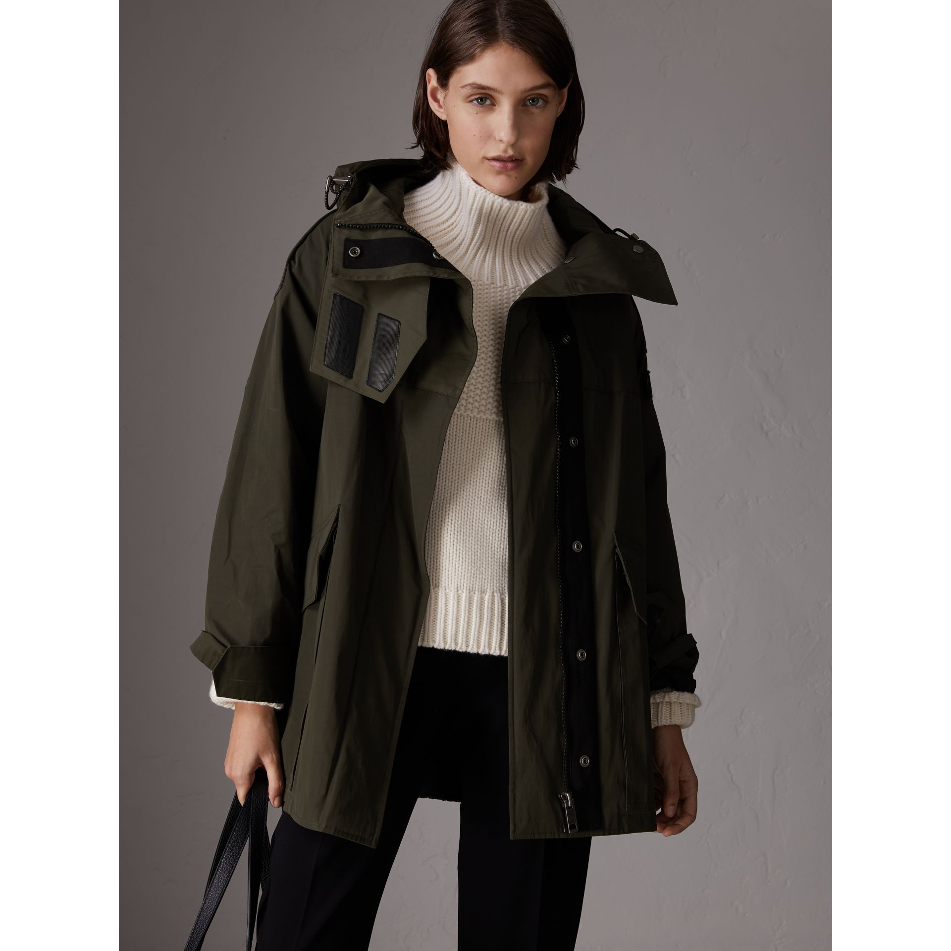 Hooded Parka with Quilted Lining in Dark Forest Green - Women | Burberry - gallery image 5