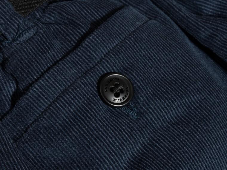 Blu alzavola intenso Pantaloncini con cintura in corduroy di cotone - cell image 1