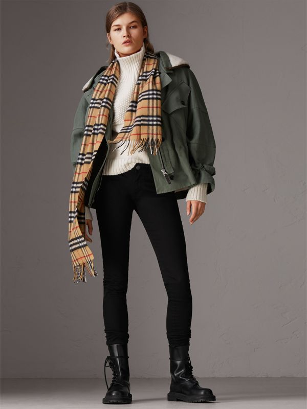 The Classic Vintage Check Cashmere Scarf in Antique Yellow | Burberry - cell image 2