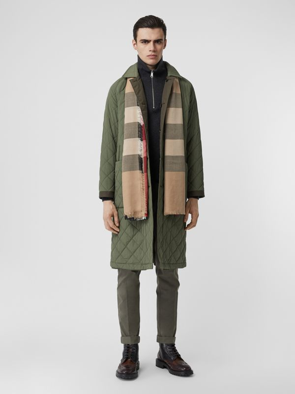 Fringed Check Cashmere Scarf in Camel | Burberry Australia - cell image 2