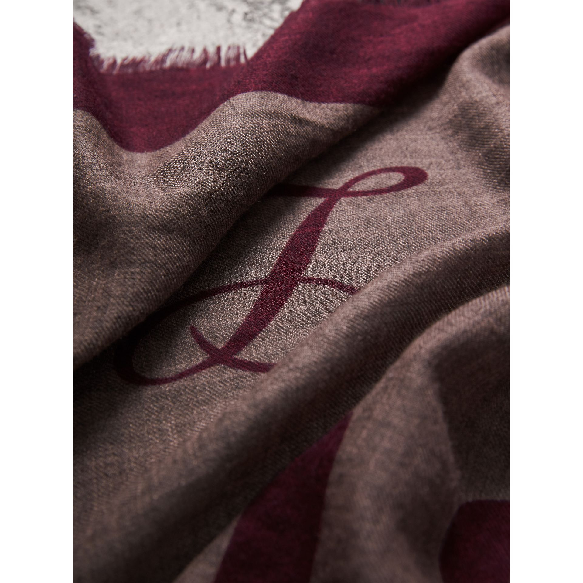 Graphic Print Motif  Lightweight Cashmere Scarf in Ash Rose - Women | Burberry United Kingdom - gallery image 2
