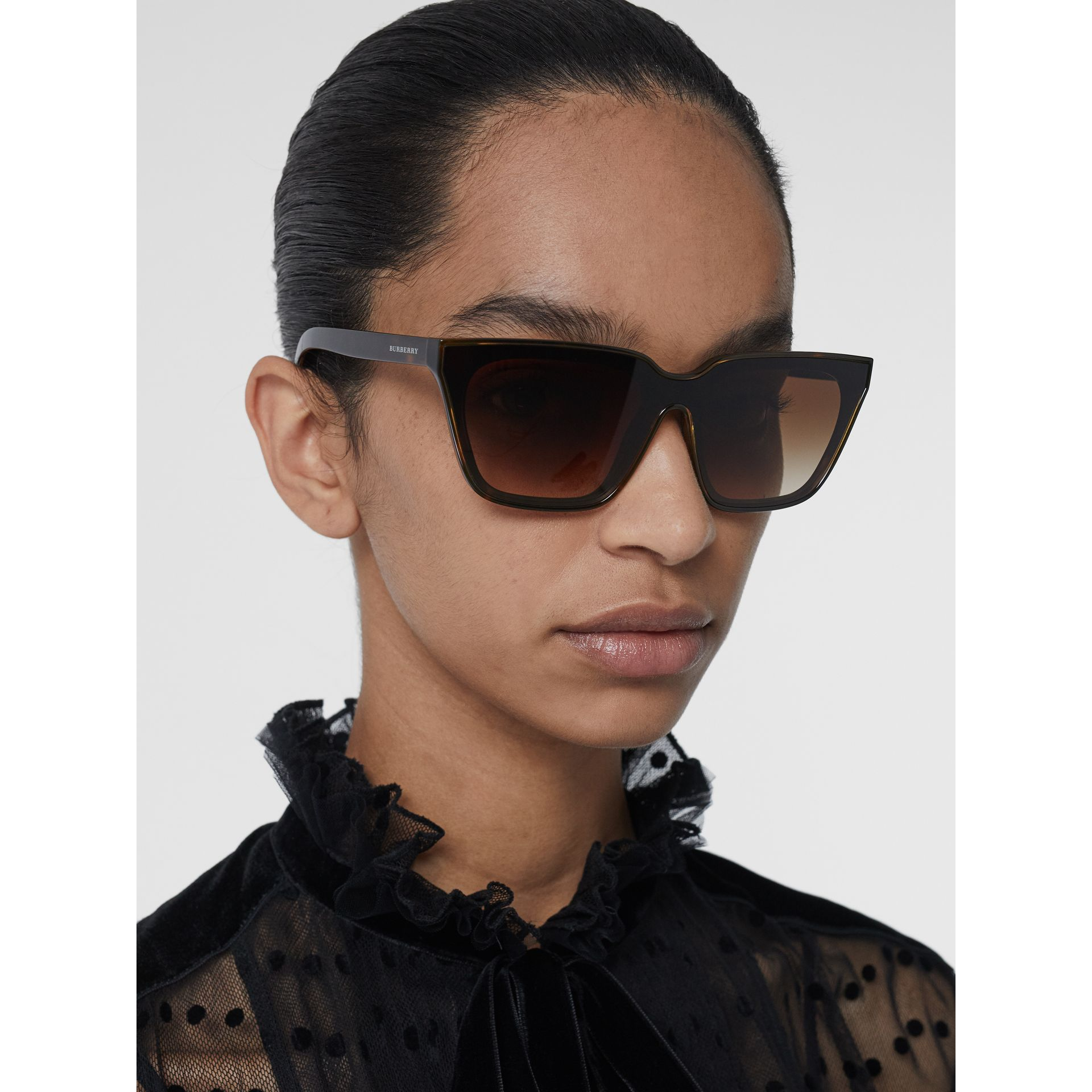 Square Frame Shield Sunglasses in Tortoise Shell - Women | Burberry - gallery image 2
