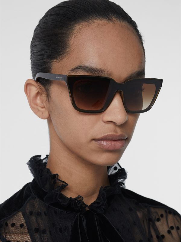 Square Frame Shield Sunglasses in Tortoise Shell - Women | Burberry - cell image 2