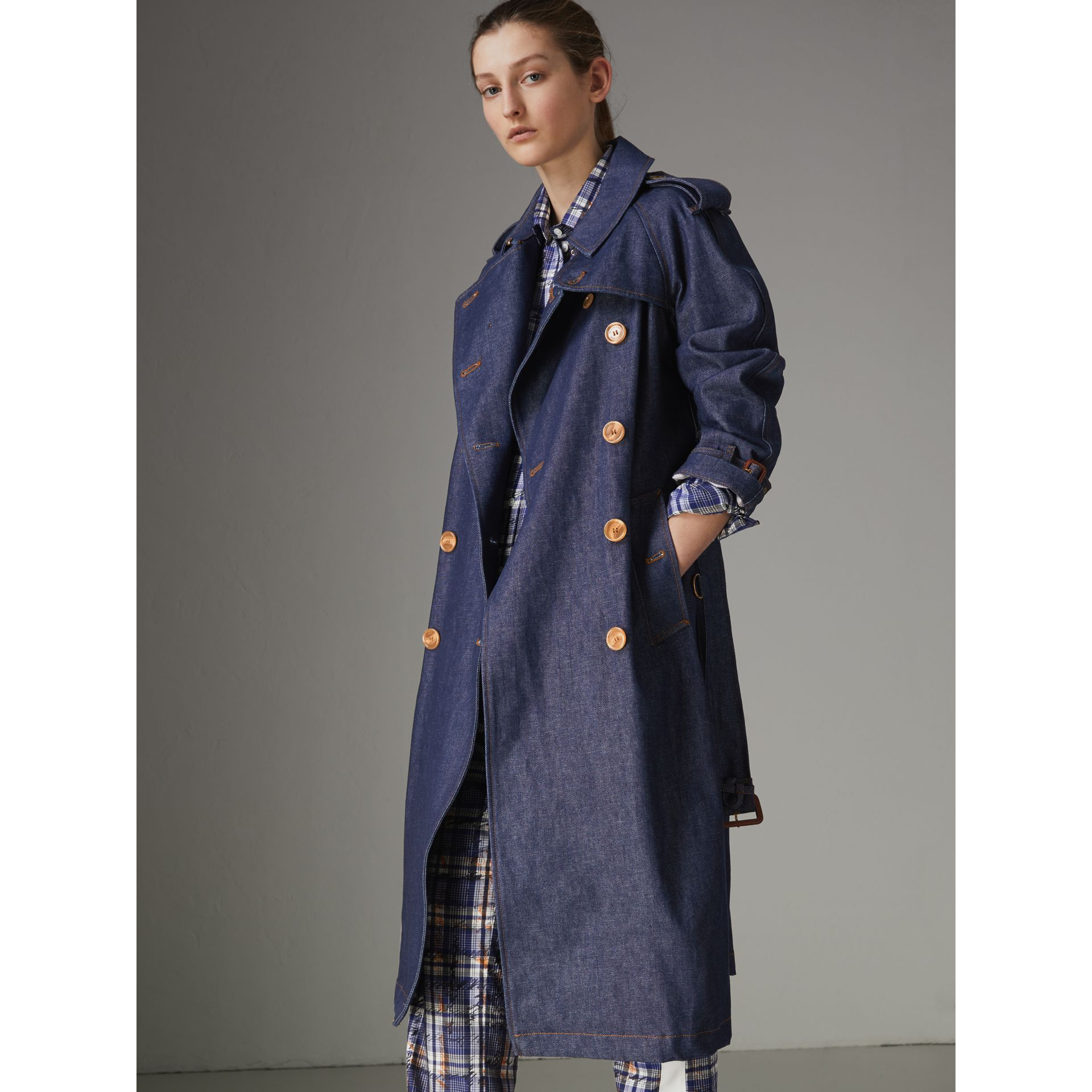 Denim Trench Coat in Dark Cobalt - Women | Burberry Canada - gallery image 5