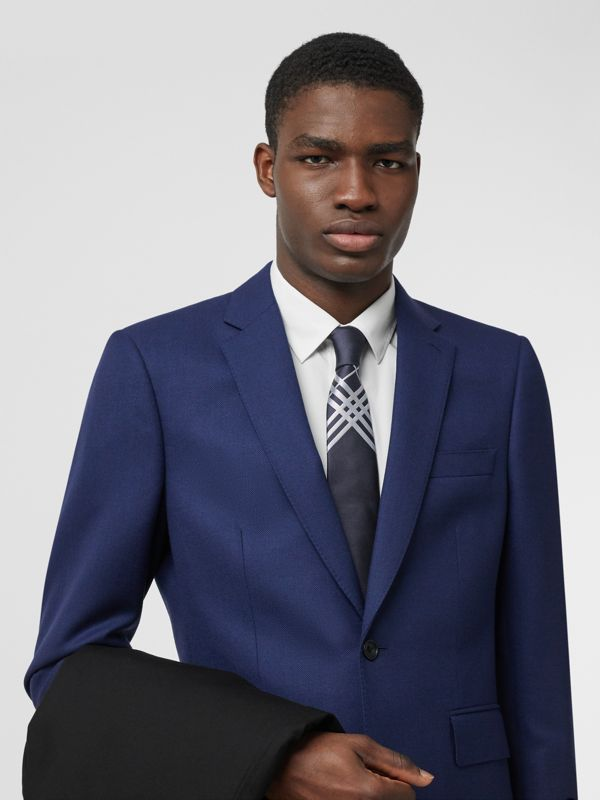 Classic Cut Check Silk Jacquard Tie in Navy - Men | Burberry Hong Kong S.A.R - cell image 2
