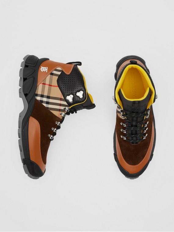 Tor-Stiefel aus Leder, Baumwolle mit Vintage Check-Muster und Veloursleder (Hellbrauntöne)