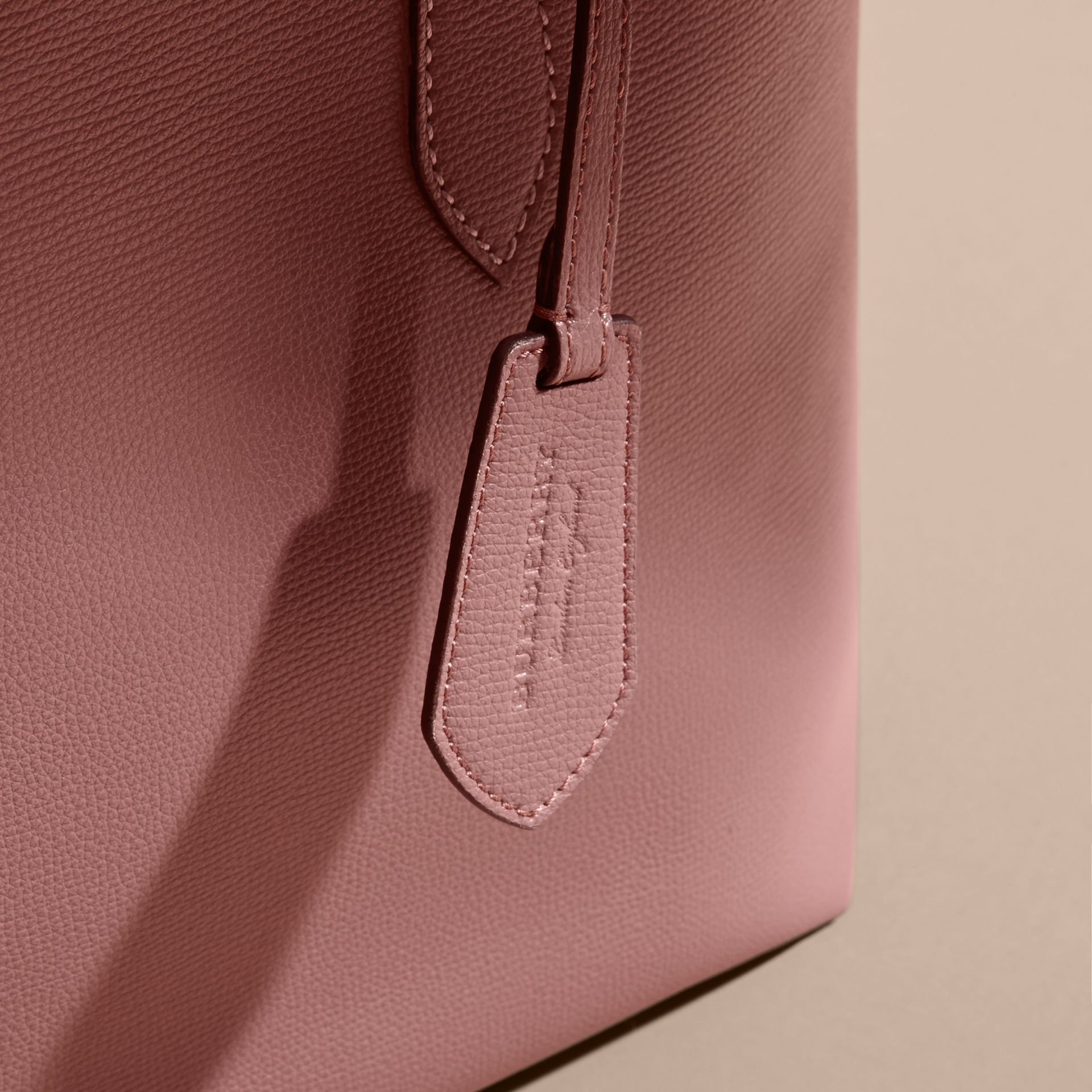 The Medium Reversible Tote in Haymarket Check and Leather in Light Elderberry - Women | Burberry - gallery image 7