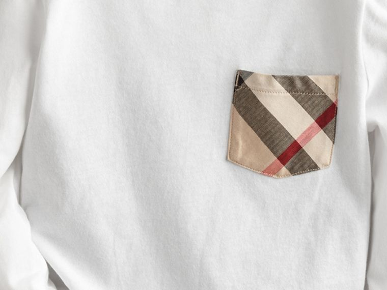 Long-sleeve Check Pocket Cotton T-shirt in White - Boy | Burberry - cell image 1