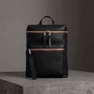 BURBERRY Zip-Top Leather Backpack in Black