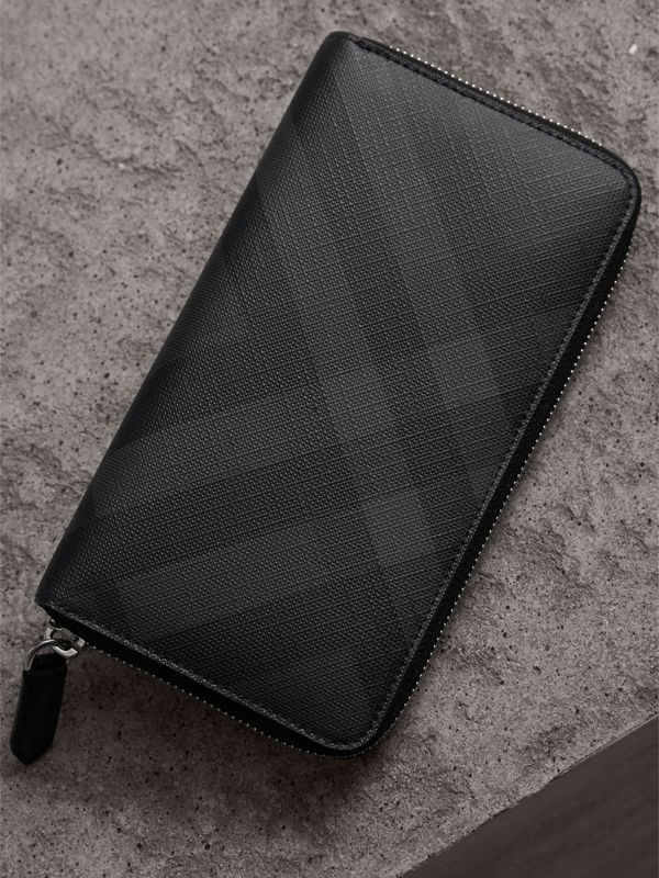 London Check Ziparound Wallet in Charcoal/black - Men | Burberry Singapore - cell image 2