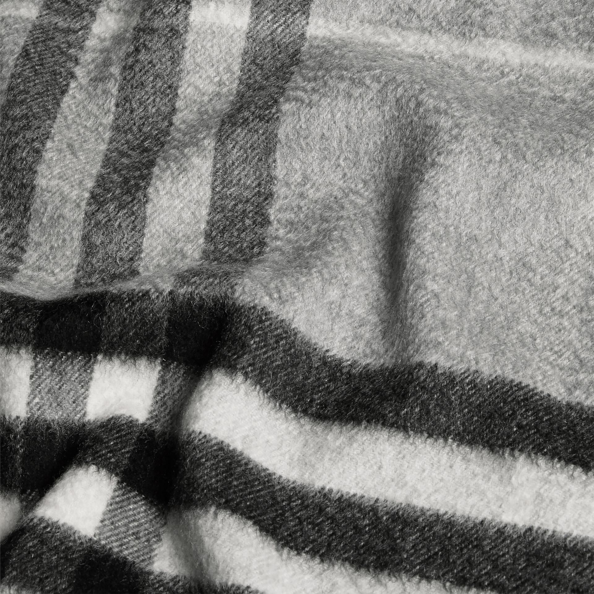 The Classic Cashmere Scarf in Check in Pale Grey - gallery image 5