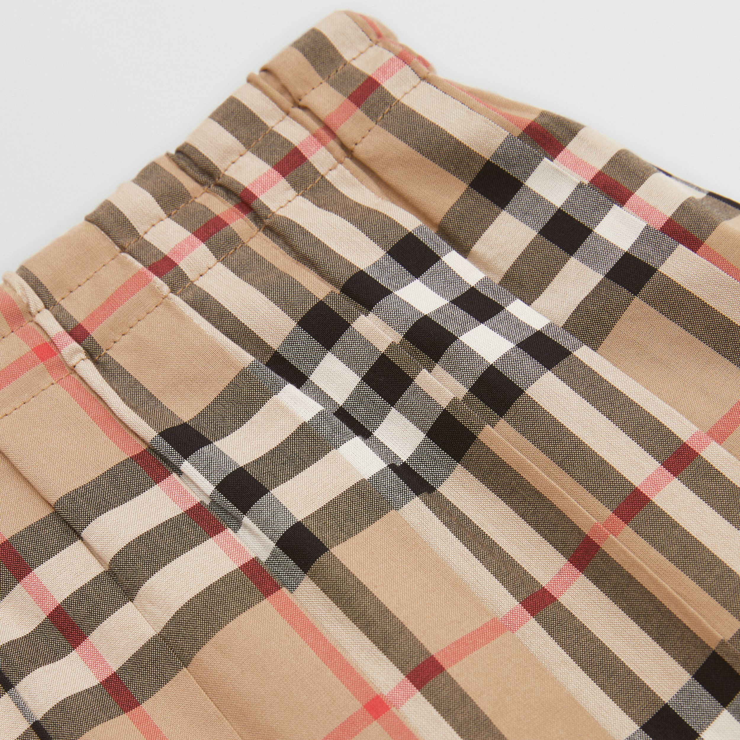 Vintage Check Cotton Pleated Skirt in Archive Beige | Burberry Australia - 2