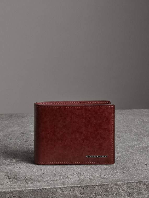 London Leather Bifold Wallet in Burgundy Red